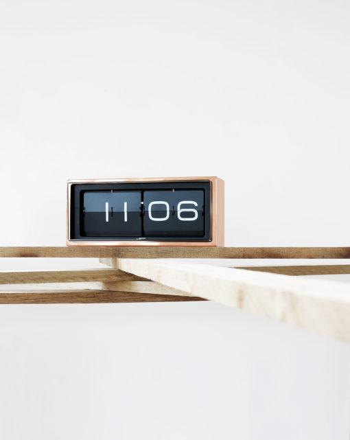 Překlápěcí hodiny Brick copper
