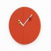 Nástěnné hodiny Time2bugs tmavě oranžová 2