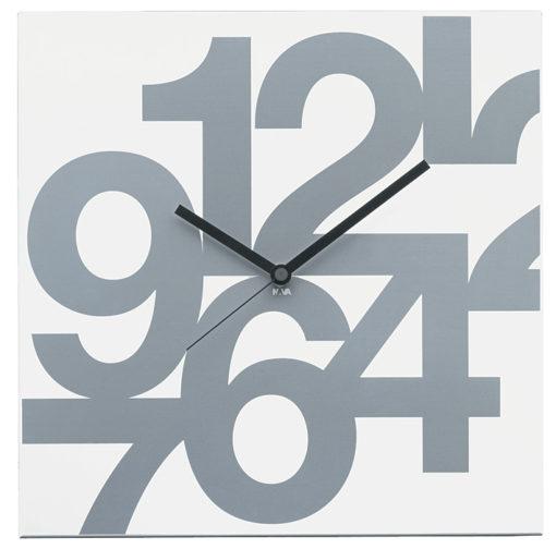 elegantní nástěnné hodiny bílé