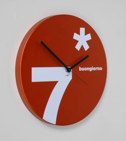 kulaté hodiny na stěnu sedmička
