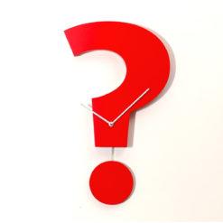 červené kyvadlové hodiny Question time