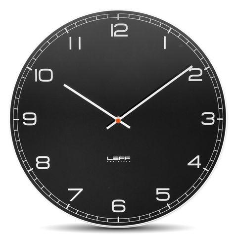 kulaté skleněné nástěnné hodiny