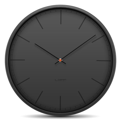 moderní černé hodiny k zavěšení na zeď