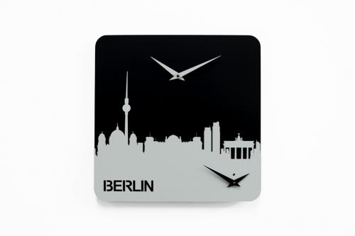 nástěnné hodiny Berlin ze série Time travel