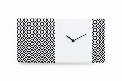 moderní hodiny do obýváku nebo kuchyně