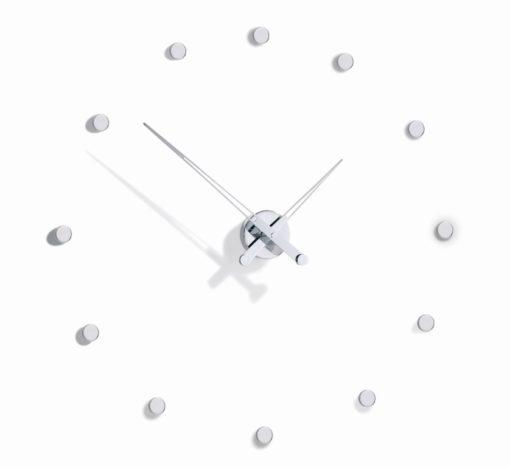 pohled na luxusní hodiny na stěnu Rodon 12i
