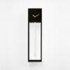 černé kyvadlové hodiny s kukačkou