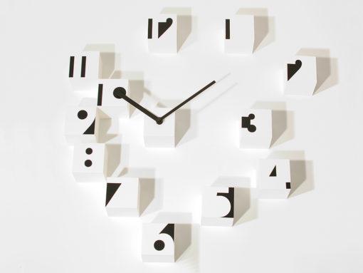 bílé nástěnné hodiny Rnd_Time Optical