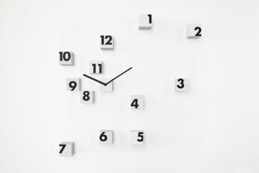 Moderní hodiny Rnd_time