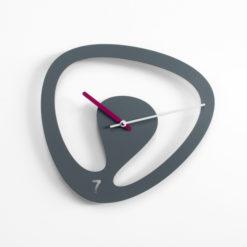 Seven - designové hodiny na stěnu