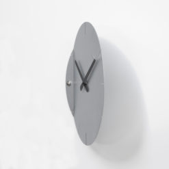 moderní stříbrné hodiny Sheet