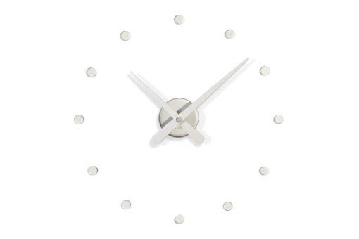 designové hodiny ocelové na zeď