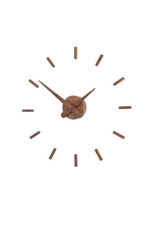 luxusní dřevěné nástěnné hodiny