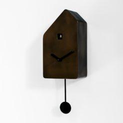 minimalistické kukačky s kovovým povrchem bronzo