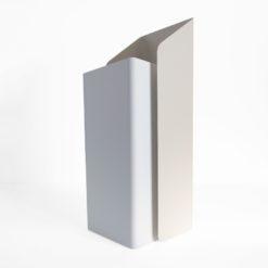 Designový stojan na deštníky ocelový v provedení bílé a béžové barvy