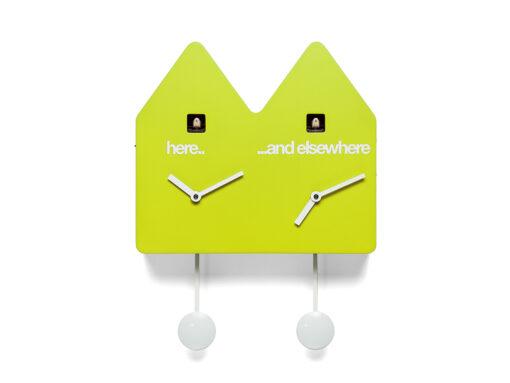 designové kukačky v moderním provedení se dvěma číselníky a dvěma kyvadly